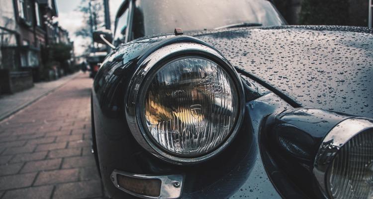 Automobilių žibintų evoliucija